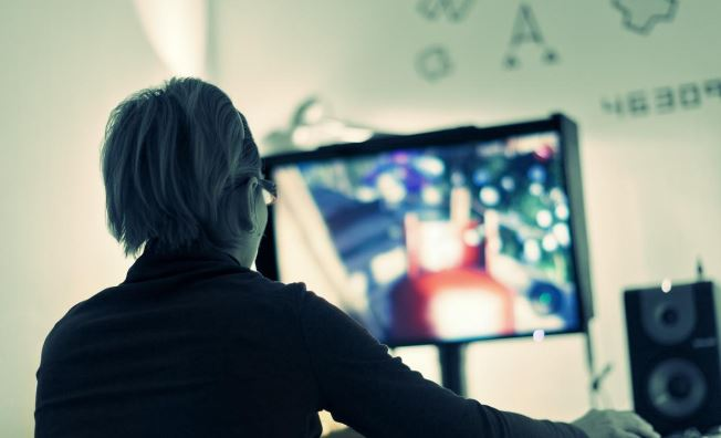 Economic Effects of Online Gaming
