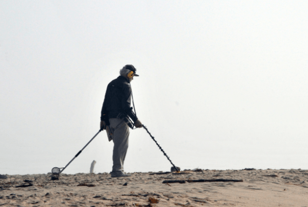 Places To Go For Metal Detecting